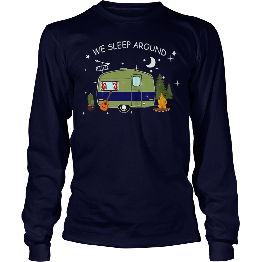 Camping we sleep around Longsleeve shirt